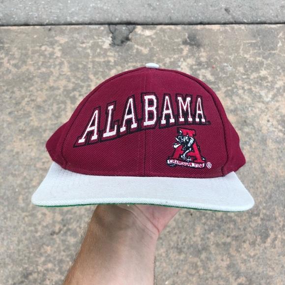 8ffc1ecac62d51 Accessories   Vintage Alabama Crimson Tide Snapback   Poshmark